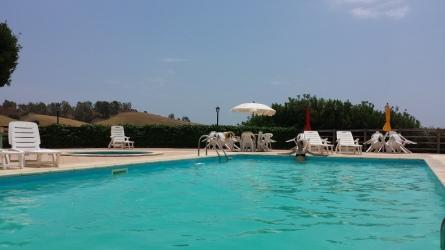 agriturismo_calabria_santacinnara_piscina