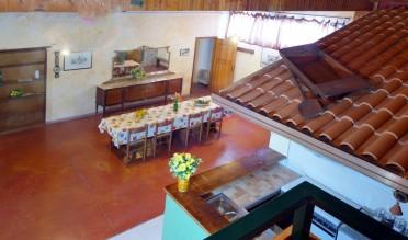 Agriturismo in Calabria_Santacinnara_appartamento indipendente con cucina e soggiorno