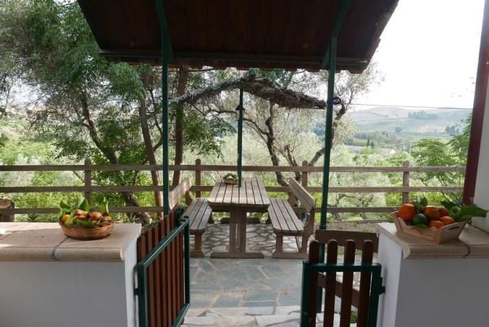 Agriturismo in Calabria_Santacinnara_appartamento con giardino